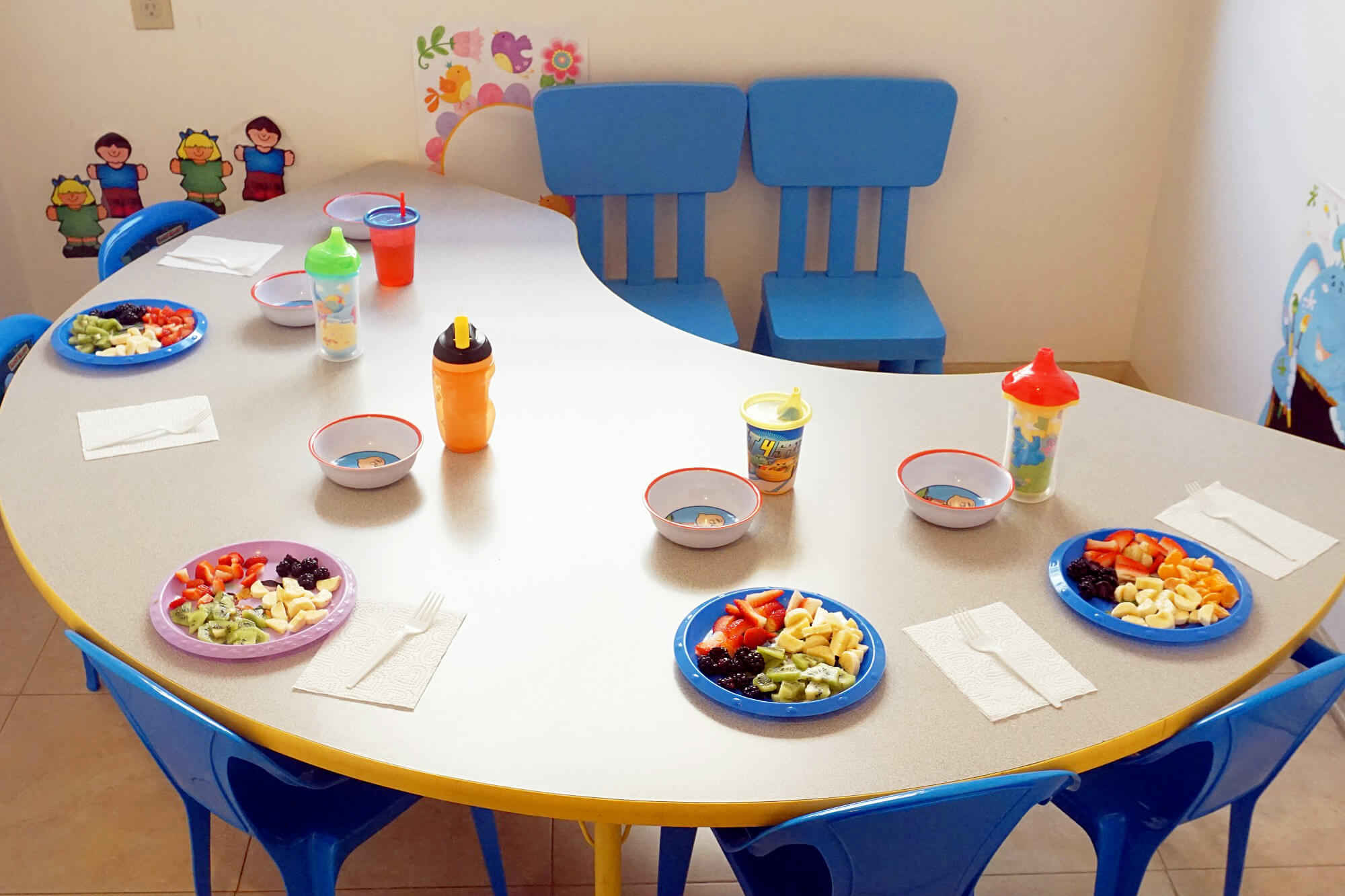 Lunch & Snack Table